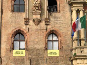 Libertà per Patrick Zaky, striscione su Comune Bologna